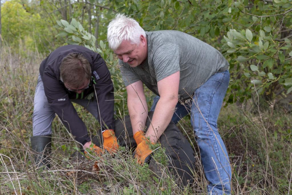 Eesti Energia kogus Maailmakoristuspäeval metsadest kokku 7 tonni vanarehve